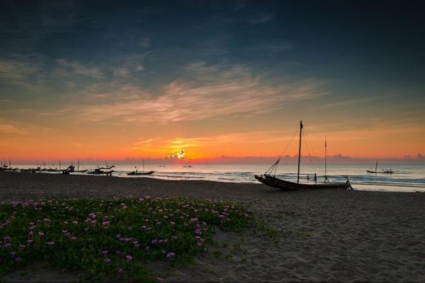 Một thoáng bình yên ở Sầm Sơn. (Nguồn: Nguyen Van Vinh)