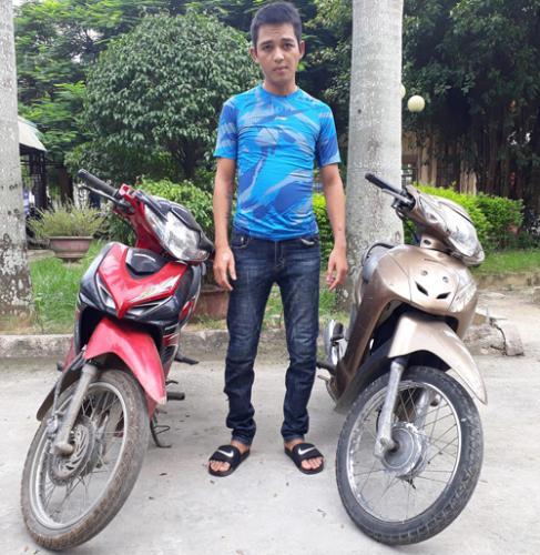 Đối tượng Nguyễn Thừa Hưng cùng tang vật vụ án.
