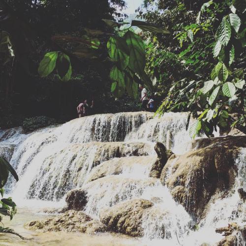 Vẻ đẹp hùng vĩ của thác Hươu. (Nguồn:  _xuyhieng_)