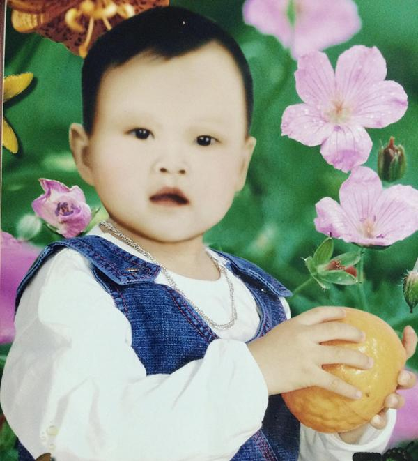 Ảnh chị Hiền hồi còn nhỏ (ảnh gia đình đã phục chế lại).