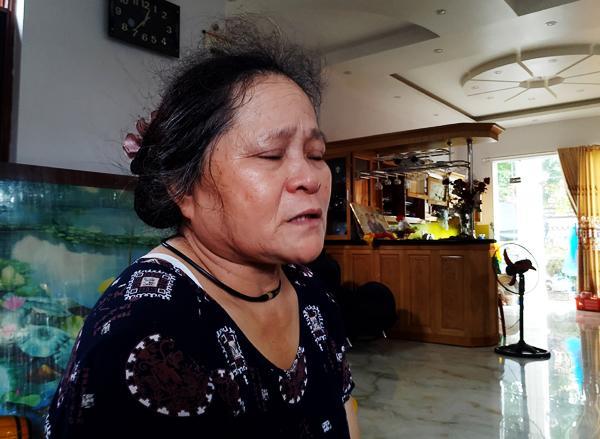 2 vợ chồng già mong mỏi về người con gái bị lạc suốt 36 năm qua.