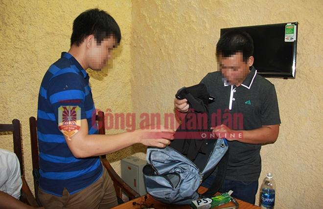 Các vật dụng của Lê Văn Thọ đem theo khi bị bắt.