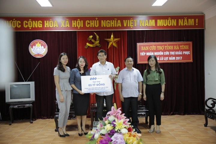 Tập đoàn FLC ủng hộ người dân vùng bão Hà Tĩnh 3 tỷ đồng.