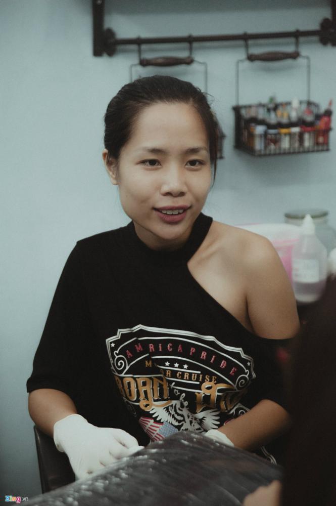 Cô gái cá tính Việt Nga quyết định thử thách với nghề chẳng hề liên quan tới kiến thức từng học được.