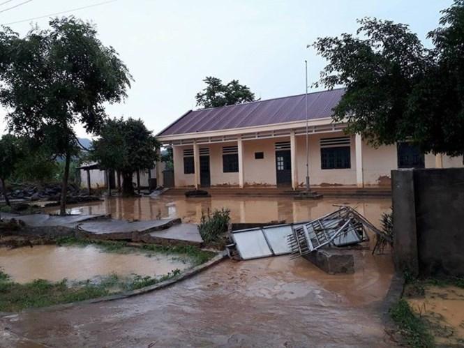 Một điểm trường bị ngập ở xã Lương Sơn. Ảnh: Hoàng Lam