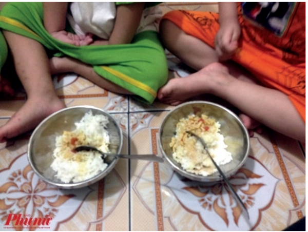 Bữa cơm thiếu chất dinh dưỡng của các bé