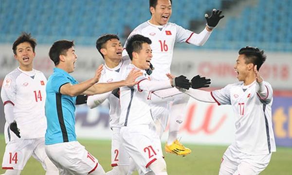 …thì mọi thông tin của các người hùng đưa Việt Nam lần đầu tiên vào chơi ở một trận chung kết đẳng cấp châu lục cũng được chị em truy lùng.