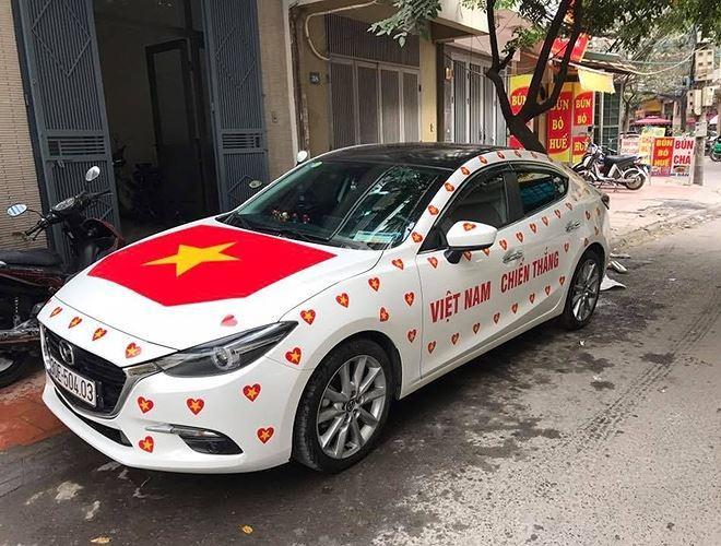 Nếu ngày mai, U23 Việt Nam vô địch, các cuộc diễu hành có lẽ còn kéo dài qua nhiều ngày sau