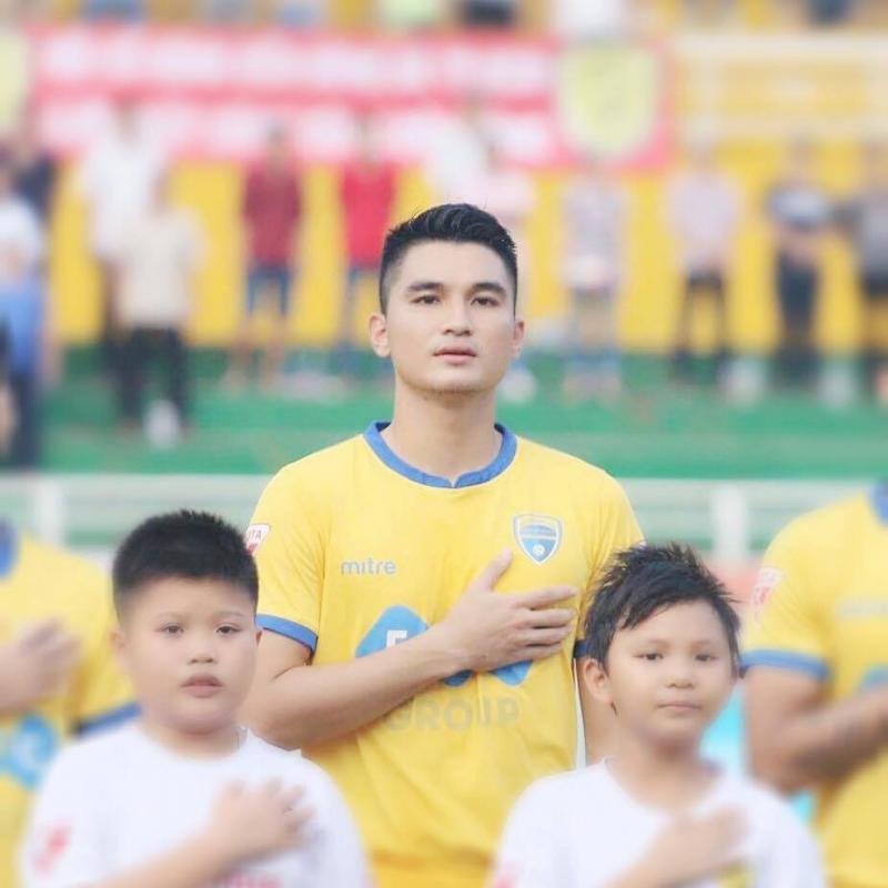 Với niềm đam mê sân cỏ, Đại đã vượt qua nhiều khó khăn để đứng trong hàng ngũ học trò của HLV Park Hang Seo.
