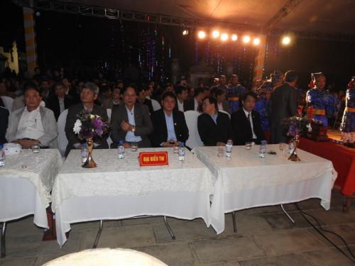 Đoàn đại biểu về dự lễ khai ấn