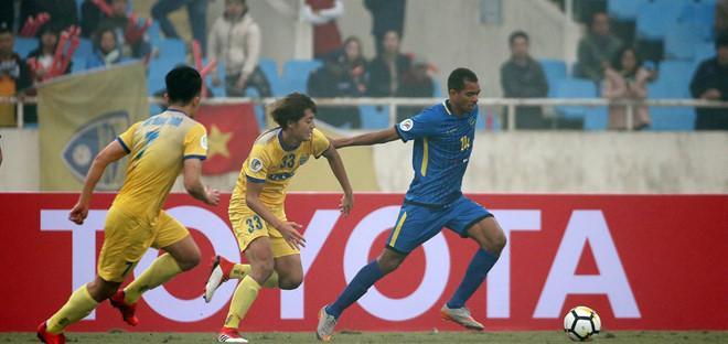Ryutaro Karube thi đấu ấn tượng trong trận ra mắt đội bóng mới (thắng Global Cebu ở lượt mở màn vòng bảng AFC Cup).