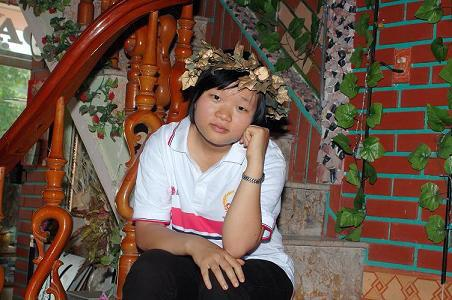 Nữ thí sinh Thanh Hóa gây được nhiều ấn tượng đặc biệt tại vòng chung kết Olympia năm 2009. - Ảnh: dantri.com.vn