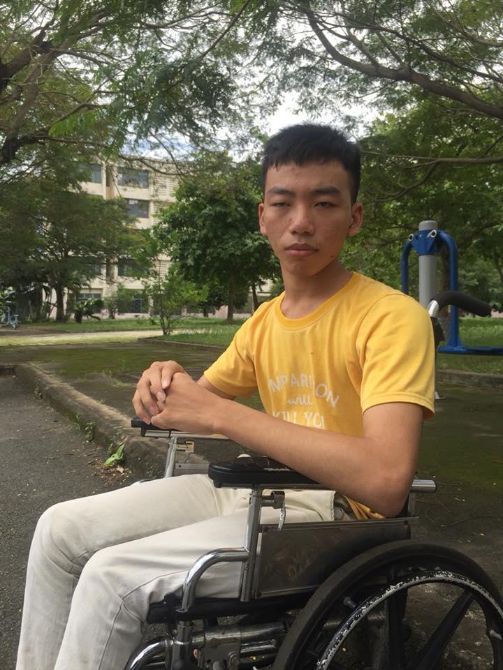 Cậu sinh viên Lê Ngọc Tấn Anh.