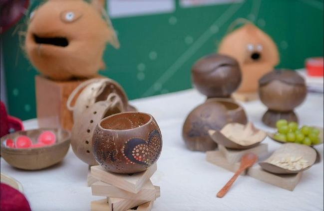 Những sản phẩm làm từ dừa của Bến Tre