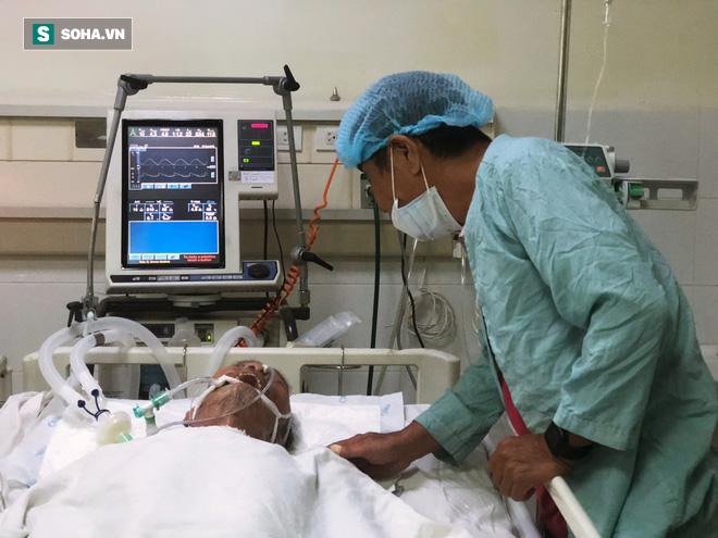 Mọi người đều mong mỏi Đại tá Nguyễn Văn Bảy mau chóng bình phục.
