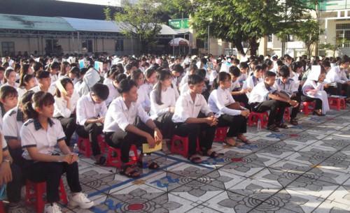Quang cảnh buổi khai mạc kỳ thi HS giỏi THPT cấp tỉnh