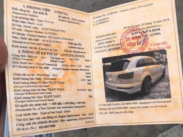 Đăng ký và kiểm định chiếc xe nghi ngờ làm giả. Ảnh: Tiền phong