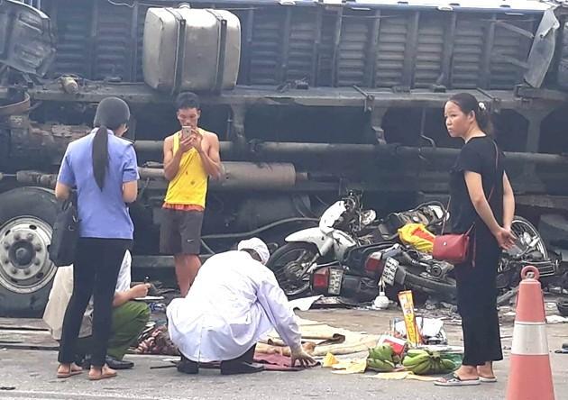 Vụ tai nạn sáng 23/7 tại huyện Kim Thành khiến 7 người t ử v ong