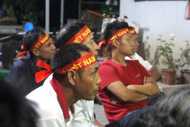 Tâm trọng lo âu, hồi hộp khi tuyển Việt Nam bị đội bạn chơi ép sân