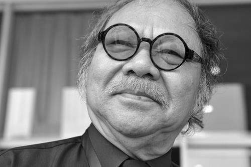 NSND Đoàn Dũng qua đời để lại nuỗi đau buồn cho gia đình cùng nhiều nghệ sĩ Việt.