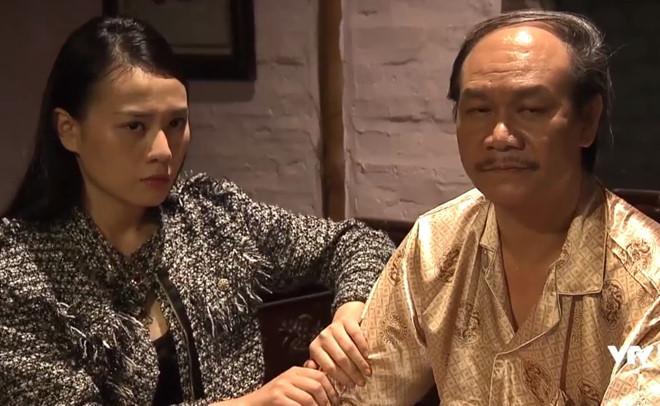 Quỳnh đến xin lão Cấn cho gặp con trai.