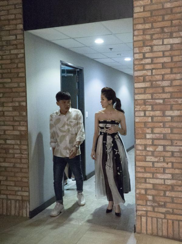 Diễn viên Trung Ruồi và An Nguy tại buổi ra mắt phim.