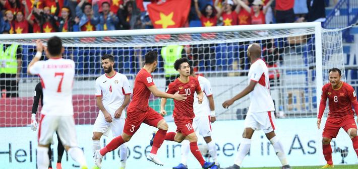 ĐT Việt Nam chính là đội bóng đầu tiên ghi tên mình vào chơi vòng tứ kết Asian Cup 2019. Ảnh: AFC.