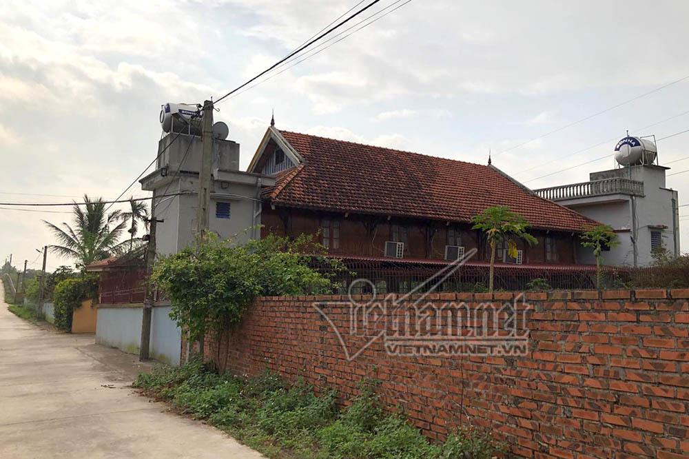 Căn nhà của ông Nguyễn Trọng Tháp ở xã miền núi thuộc huyện Đông Triều, Quảng Ninh