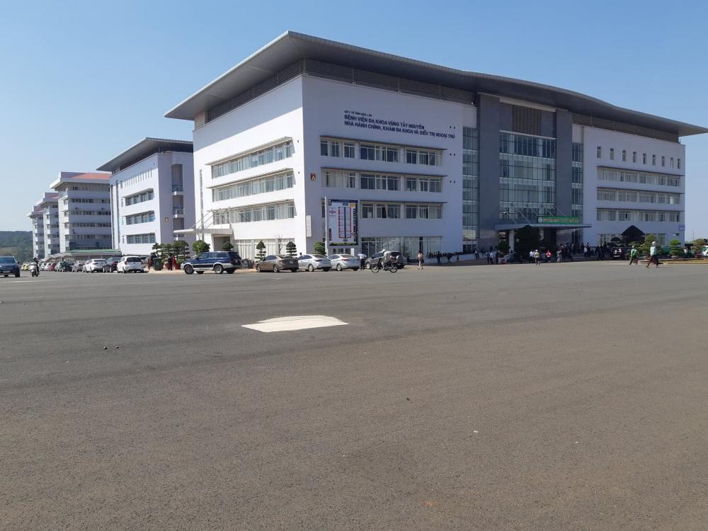 Bệnh viện được xây dựng trên khuôn viên 12ha.