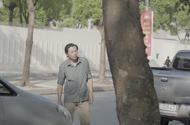 NSND Trung Anh đóng vai một ông bố nhân hậu, tìm mọi cách kéo thằng con trai ngỗ ngược trở lại cuộc đời lành mạnh, lương thiện.