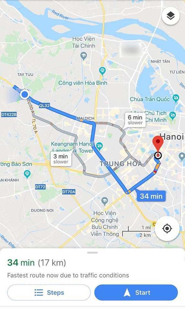 Quãng đường 17km nhưng chàng trai vẫn quyết tâm phi xe đến nhà bạn gái.