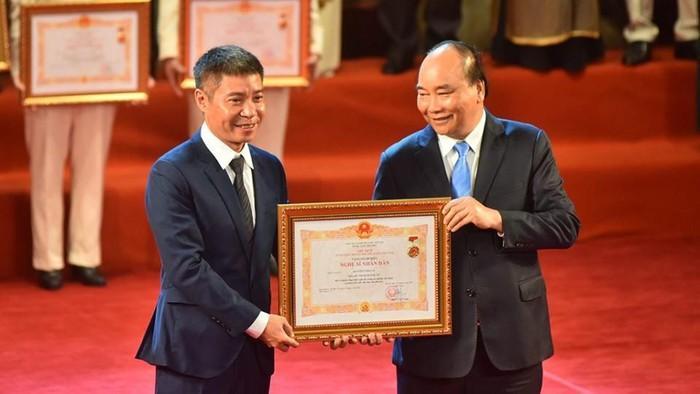 Diễn viên Công Lý chính thức được trao tặng danh hiệu Nghệ sĩ Nhân dân ngày 28/8.