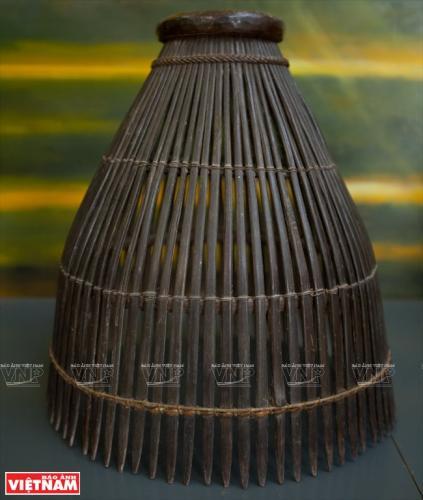 Nông cụ bằng tre dùng để dánh bắt thủy sản của người Khmer.