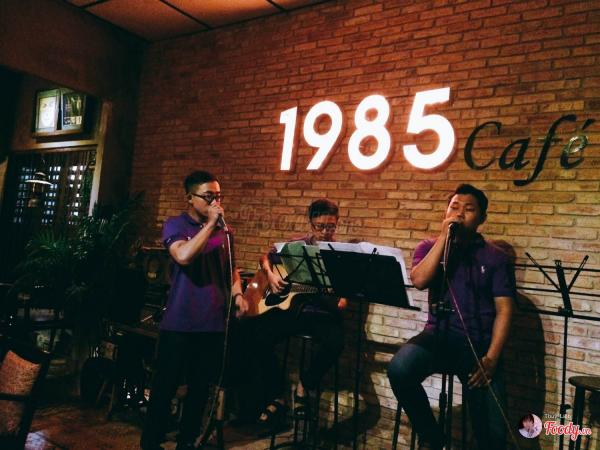Ban nhạc acoustic. (Nguồn: foody.vn)