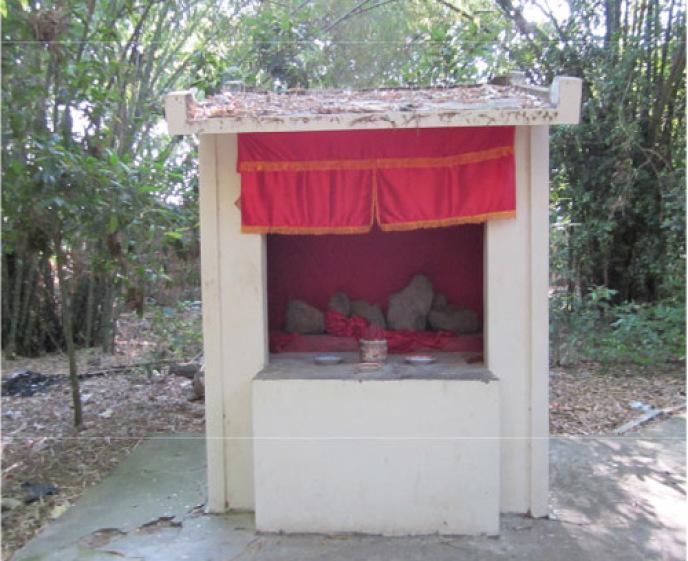 Miếu thờ Neak Ta trong khuôn viên chùa Dơi (phường 3, TP Sóc Trăng) (Ảnh: TL)