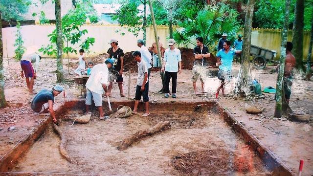 Di tích khảo cổ.