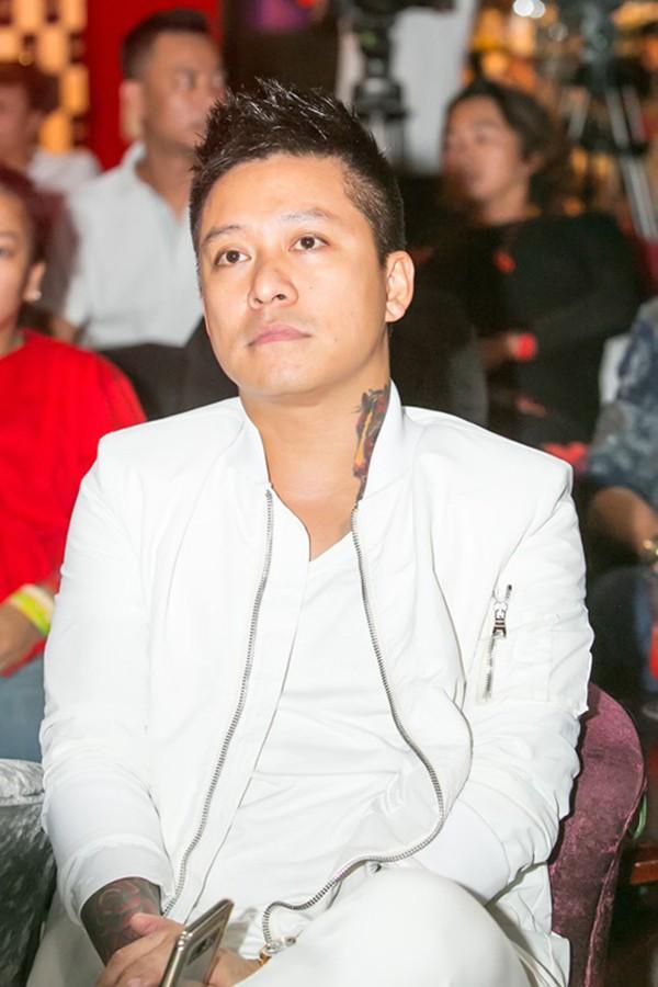 Nhiều khán giả, đồng nghiệp bày tỏ sự lo lắng cho Tuấn Hưng.