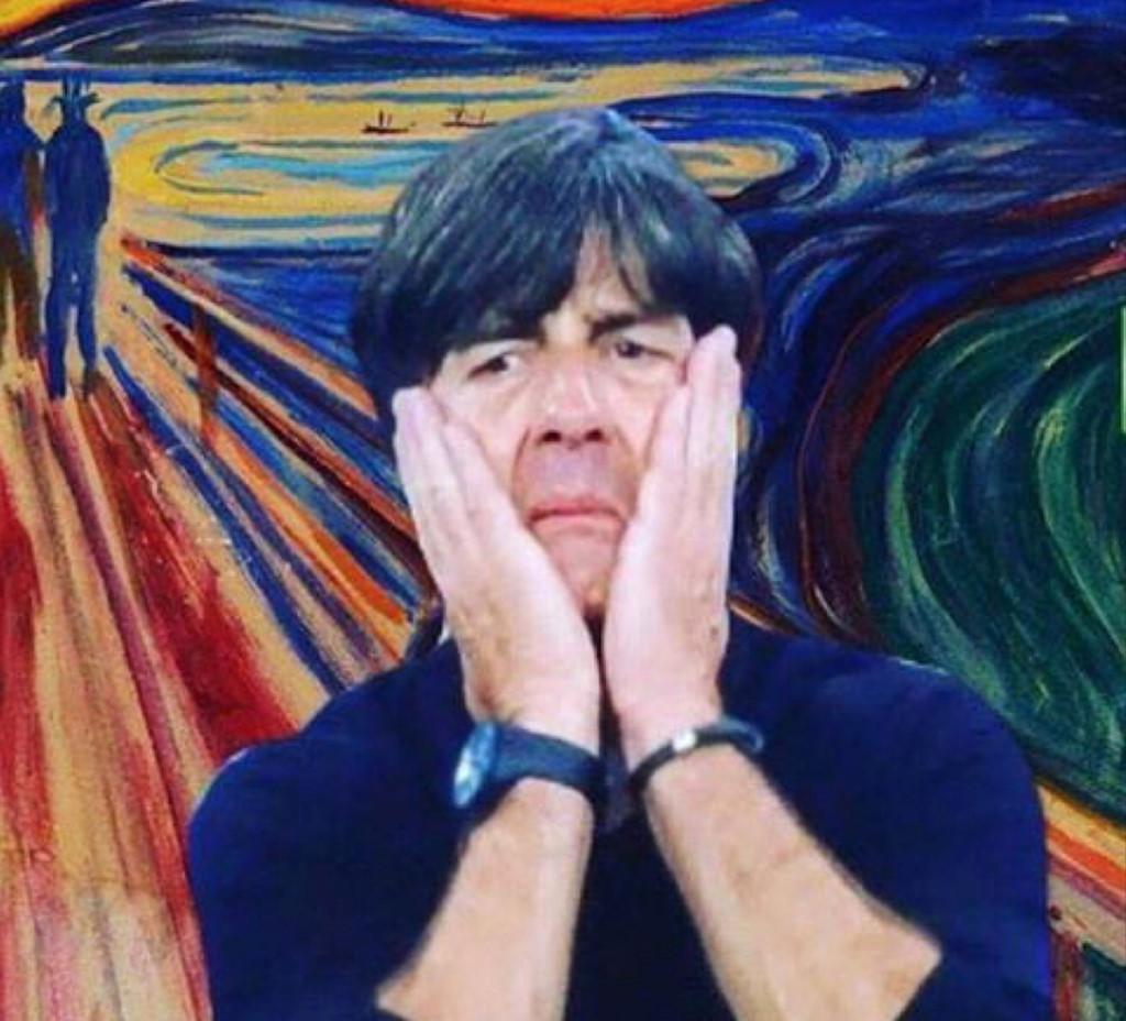 Huấn luyện viên đội tuyển Đức không thể tin vào kết quả trận đấu này.