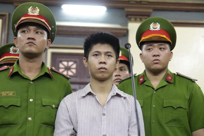 Bị cáo Nguyễn Hữu Tình tại phiên xét xử.