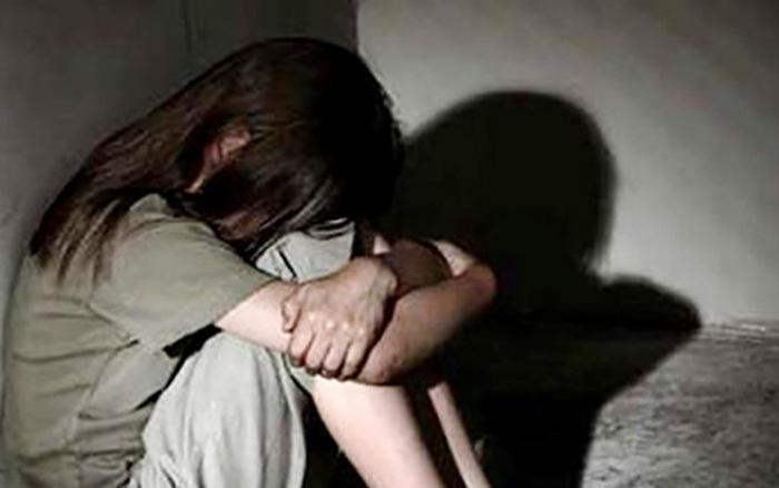 Điều tra vụ bé gái 8 tuổi nghi bị hai thiếu niên xâm hại. (Ảnh minh họa).