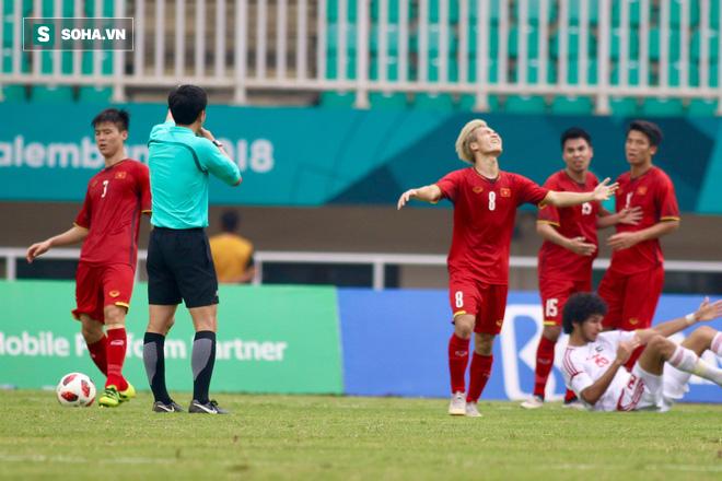 Trọng tài Hàn Quốc bị tố xử ép U23 Việt Nam trong trận tranh hạng ba Asiad 2018 - Ảnh 1.