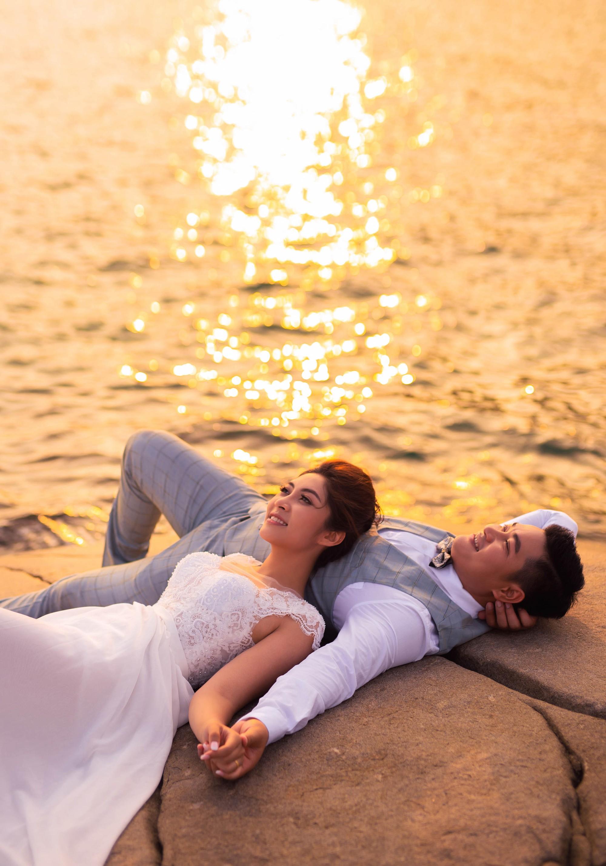 Ảnh cưới của cặp đôi được thực hiện tại đảo Nam Du, Hòn Sơn, Kiên Giang.