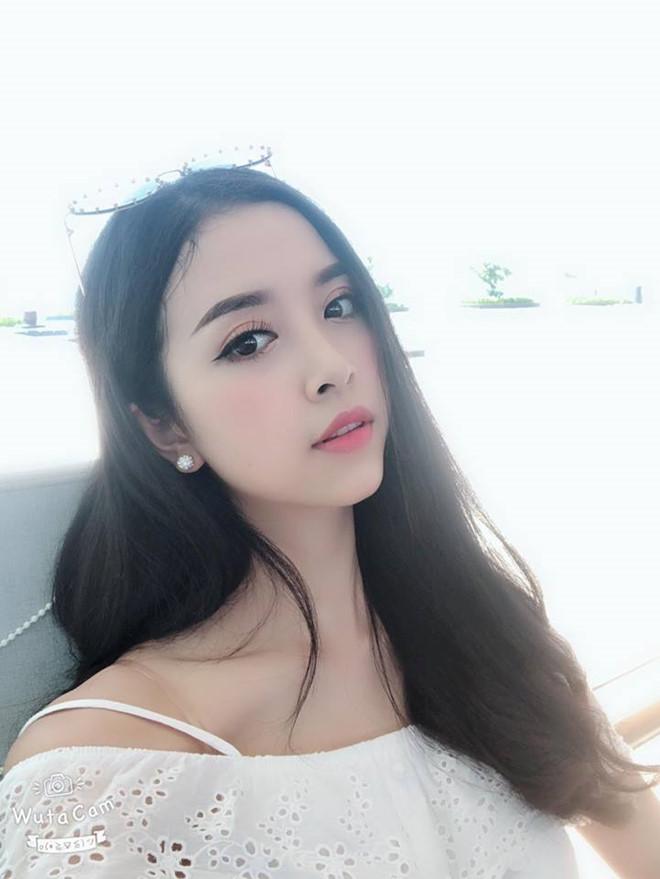 Sắp tới, cô gái 21 tuổi sẽ đại diện Việt Nam tham dự cuộc thiMiss International được tổ chức tại Nhật Bản vào tháng 11.