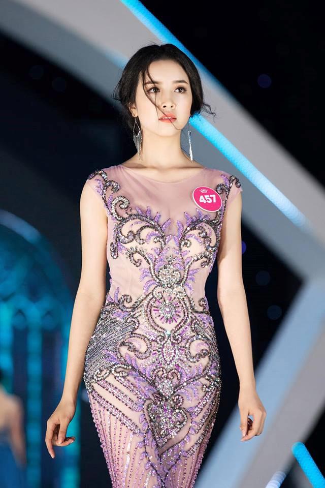 Một số hình ảnh của Á hậu 2 Thúy An tại Hoa hậu Việt Nam 2018. Ảnh: BTC.