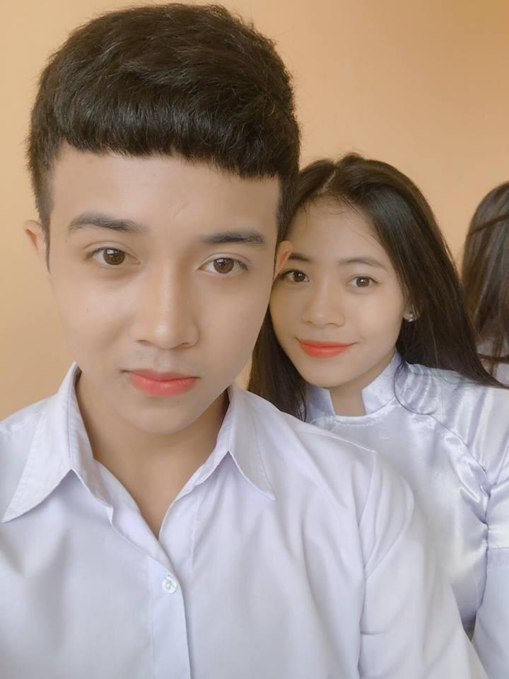 Trước khi được biết đến là em trai Á hậu Thúy An, cậu từng tham gia diễn xuất trong một bộ phim ngắn về học đường. Màn thể hiện của 9X được nhiều người khen ngợi là tự nhiên, hợp vai.
