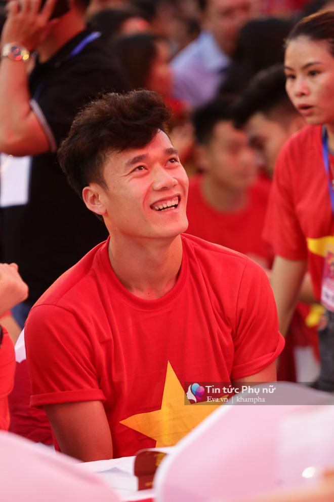 Anh chàng trở thành hiện tượng, thu hút rất nhiều người hâm mộ sau màn thể hiện xuất sắc tại giải vô địch U23 Châu Á vừa qua.