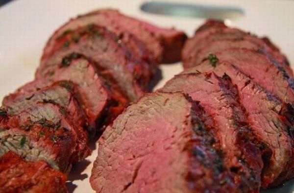 thịt bò tái kiến