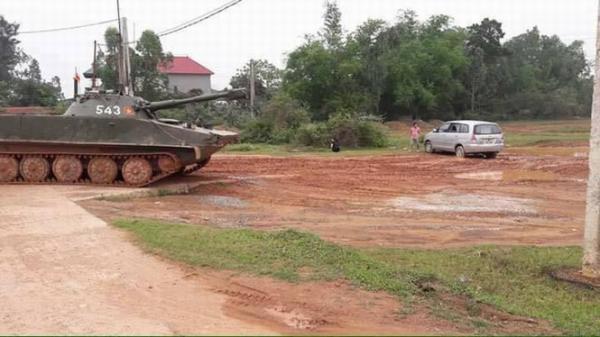 Chiếc xe tăng mang số hiệu 543.