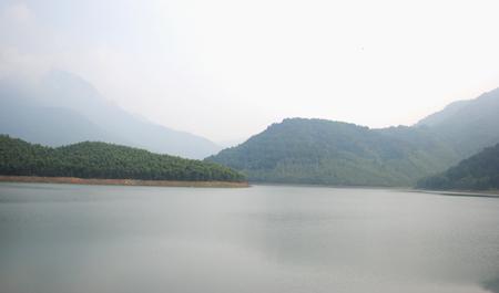 Hồ Thanh Lanh xanh mát