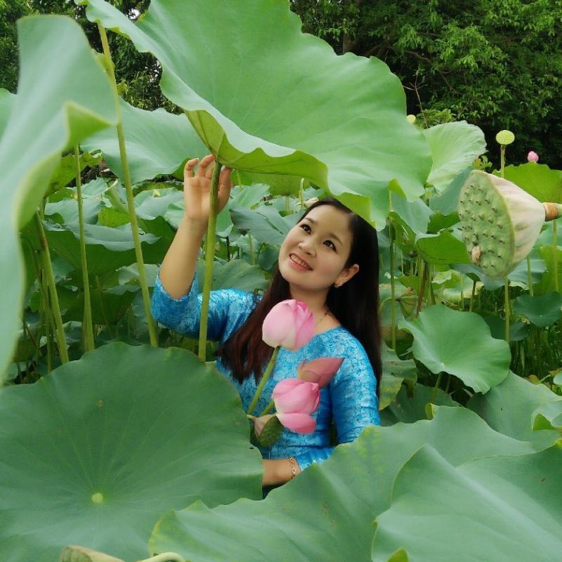 Chị Lại Kiều Oanh luôn tìm đến niềm vui trong cuộc sống bằng cách chăm chút cho ngôi nhà của mình.